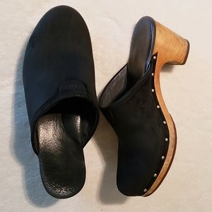 "UGG 3"" Heel Leather Studded Mule Clogs"